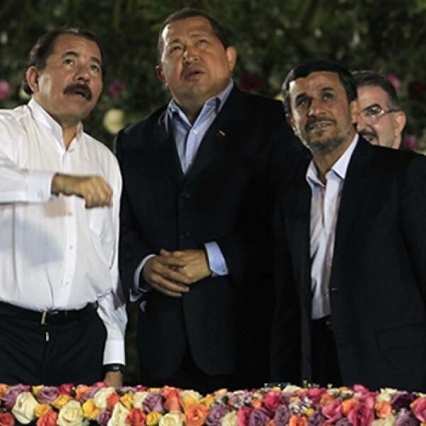 Daniel Ortega, Hugo Chavez,