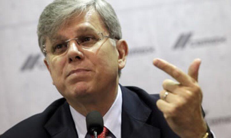 Fernando González, CEO de Cemex, dijo que la cementara avanza en su venta de activos. (Foto: Reuters )