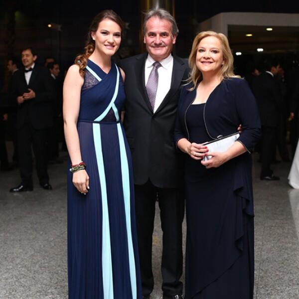Rosalía, Alfonso  y Rosalía Gutiérrez