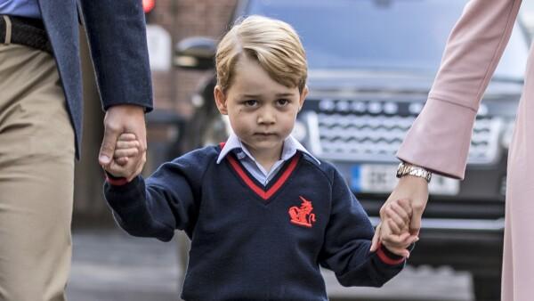Príncipe George primer día de clases