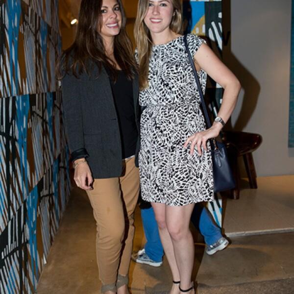 Julie Navarro y Vanessa Curran