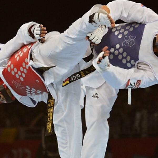 competidores de taekwando