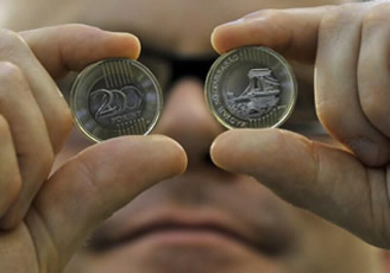 El organismo pide implementar mejores medidas fiscales que ayuden a la economía húngara. (Foto: AP)