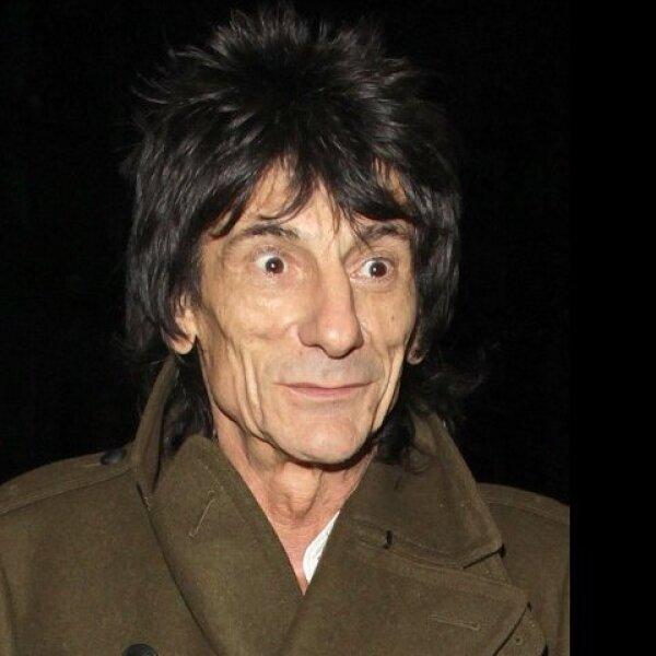 El guitarrista de los Rolling Stones, Ronnie Wood fue arrestado por presunta agresión en relación con un incidente doméstico.