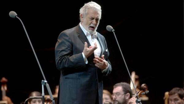 El tenor se presentó en el nuevo Foro Santo Tomás