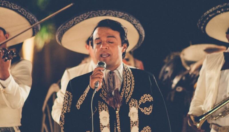 La serie de Juan Gabriel, `Hasta que te conocí´, contó con 14 episodios.