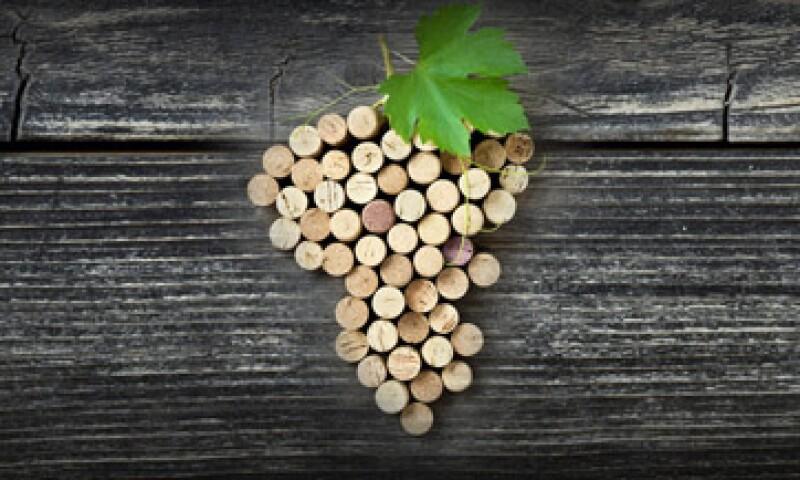 La Universidad de Enología de Pensilvania, Estados Unidos, concluyó que la sensibilidad de los catadores está en una expresión del gen TAS2R38, el cual nos predispone a percibir algunos sabores amargos específicos del vino. (Foto: Getty Images)