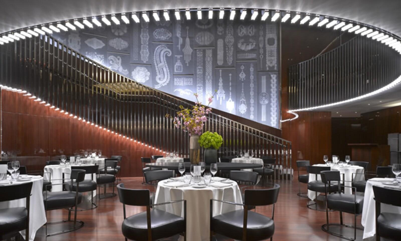 La marca italiana de lujo inauguró su hotel en la capital de Inglaterra, justo a tiempo para la inauguración de los Juegos Olímpicos de 2012.