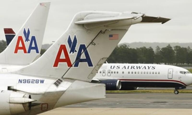 En noviembre próximo, American Airlines y US Airways enfrentarán un juicio  por la demanda que puso en su contra EU.    (Foto: Archivo)