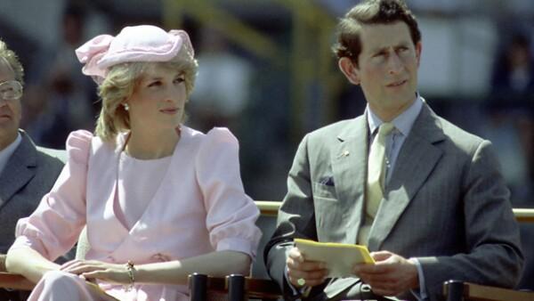 ¿Qué tan verdad será que Diana y el príncipe Carlos fueron tres veces papás?