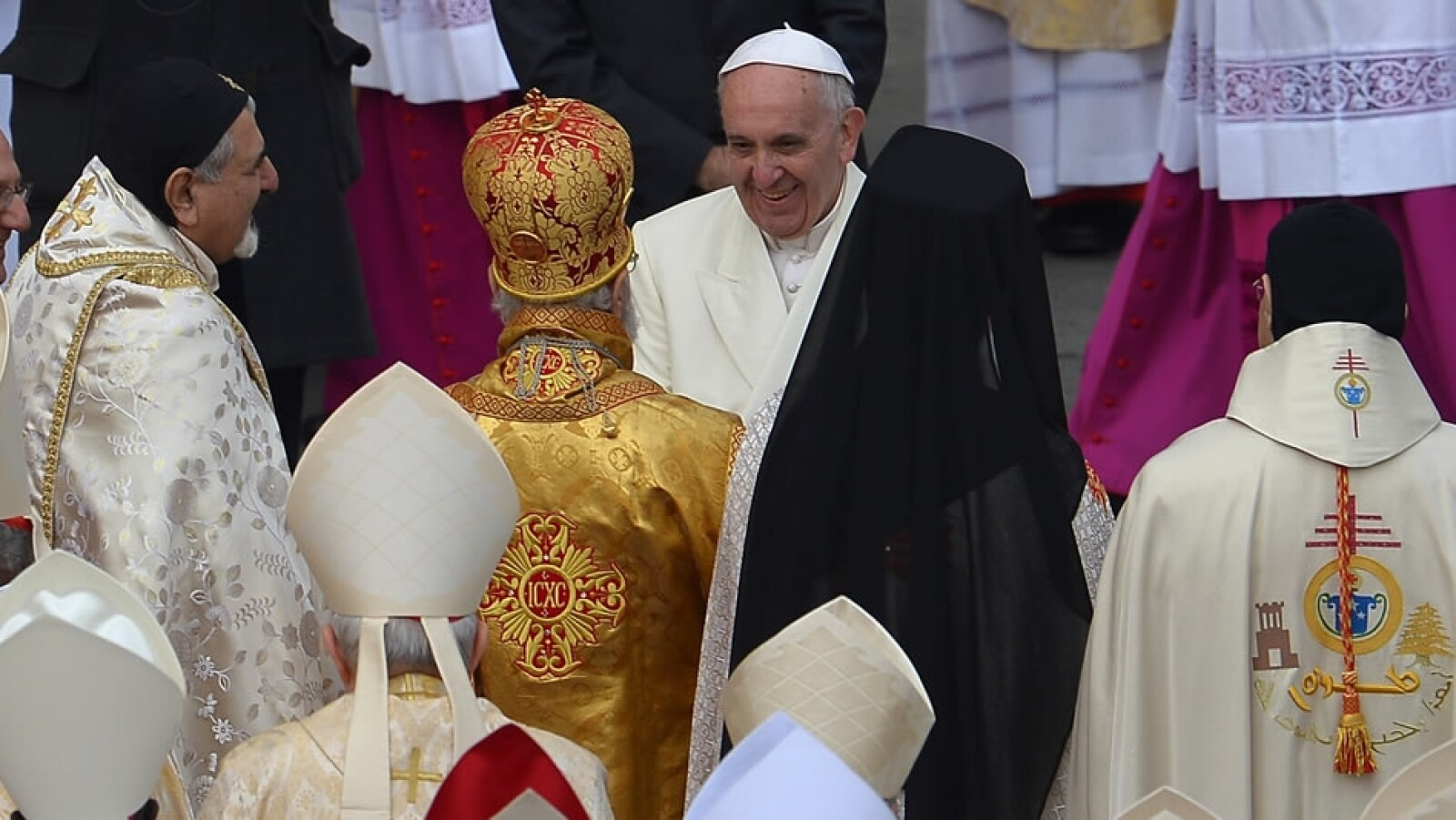 exhibicion, restos, san pedro, papa francisco 4
