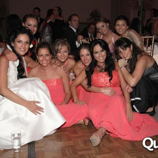 La novia con sus damas