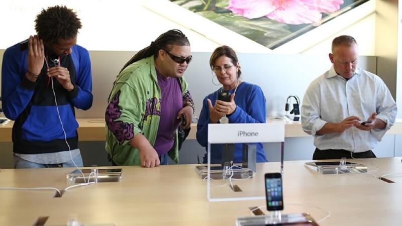 Visitantes a la Apple Store en EU