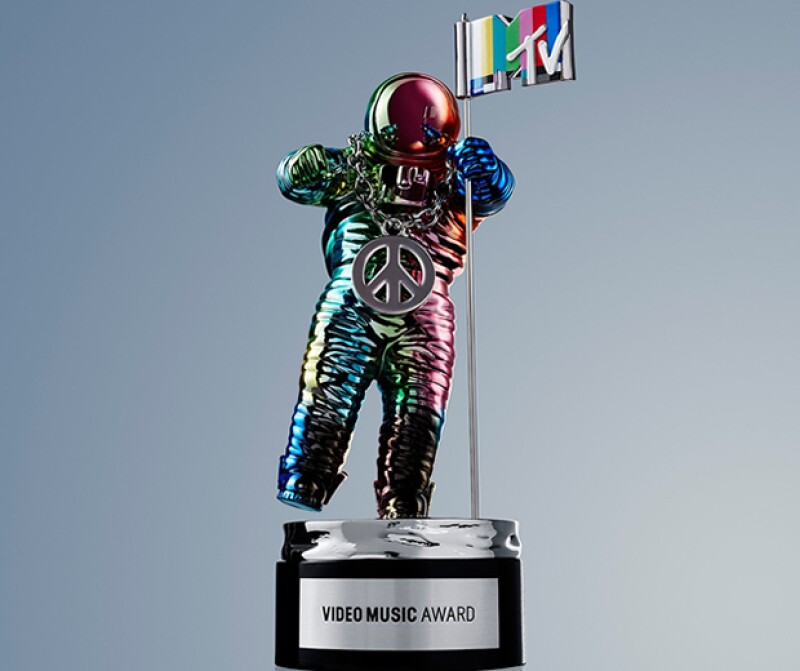 Jeremy Scott rediseño el iconico moonman de MTV.