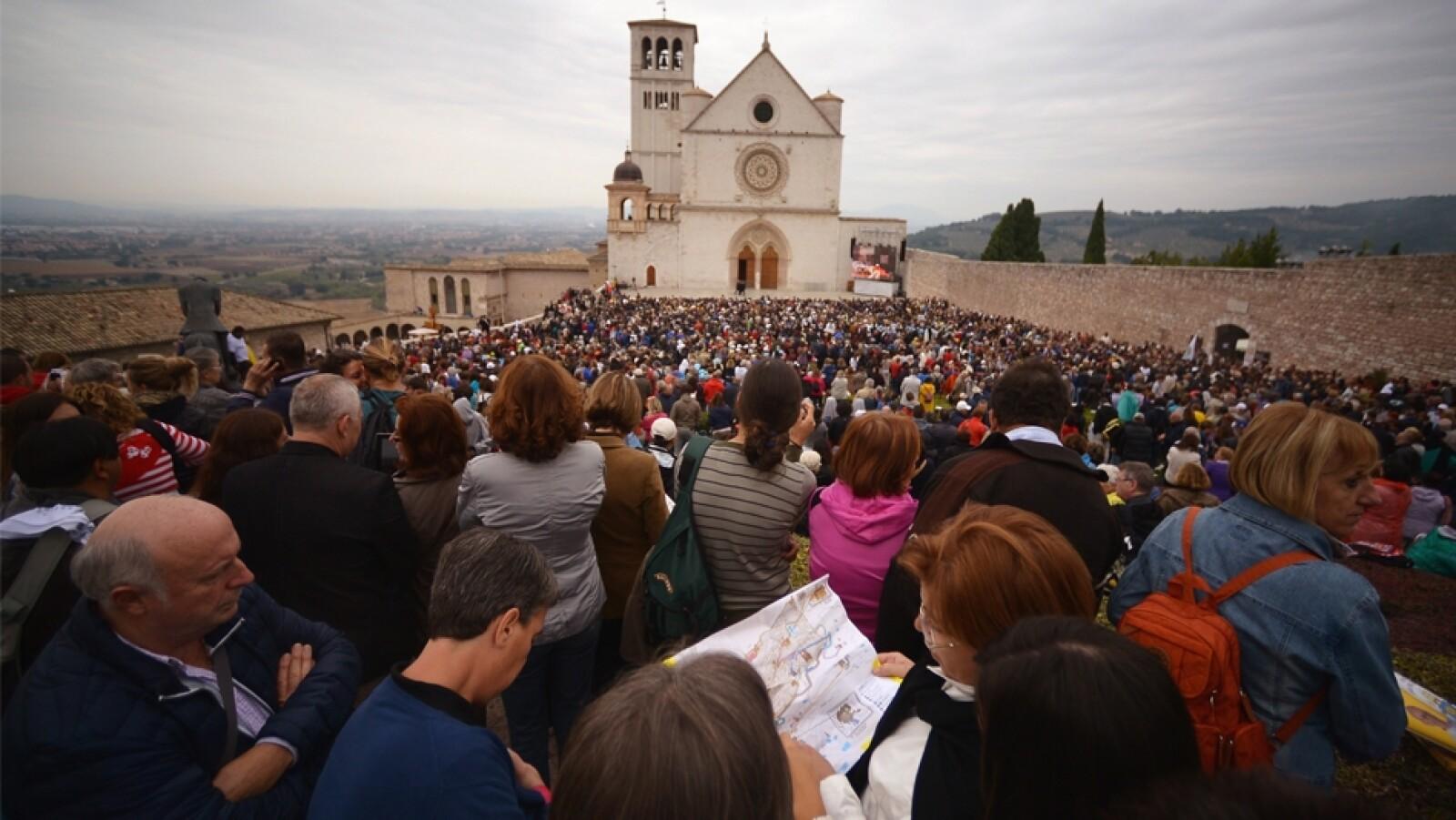papa Francisco visita a Asis