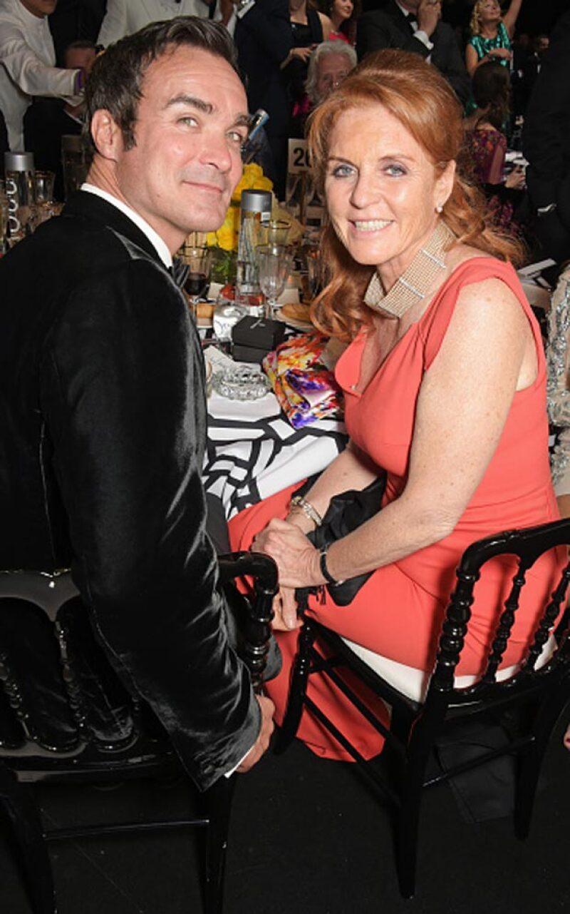 La pareja no pudo pasar desapercibida al ojo de la prensa británica a su llegada al Festival de Cannes.