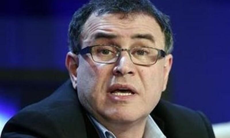 El economista Nouriel Roubini, señaló que el consumo en EU está subiendo por los recortes de impuestos. (Foto: Reuters)