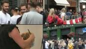 Inglaterra recupera el placer de los pubs y los salones de belleza