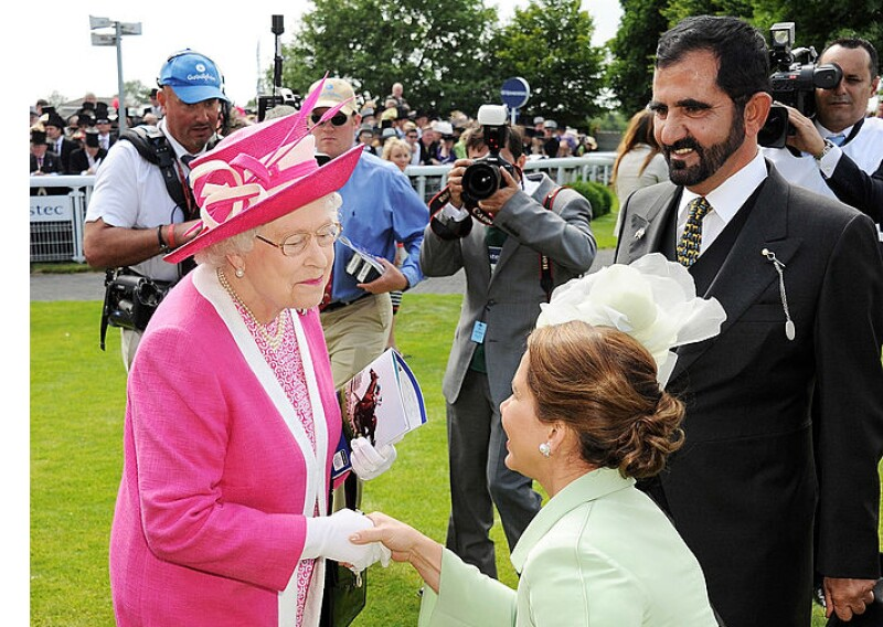 Reina Isabel, Mohamed bin y la princesa Haya de Jordania