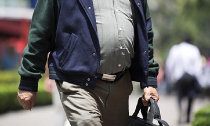 El 66% de los hombres mayores de 20 años en México tienen obesidad o sobrepeso. (Foto: Getty Images)