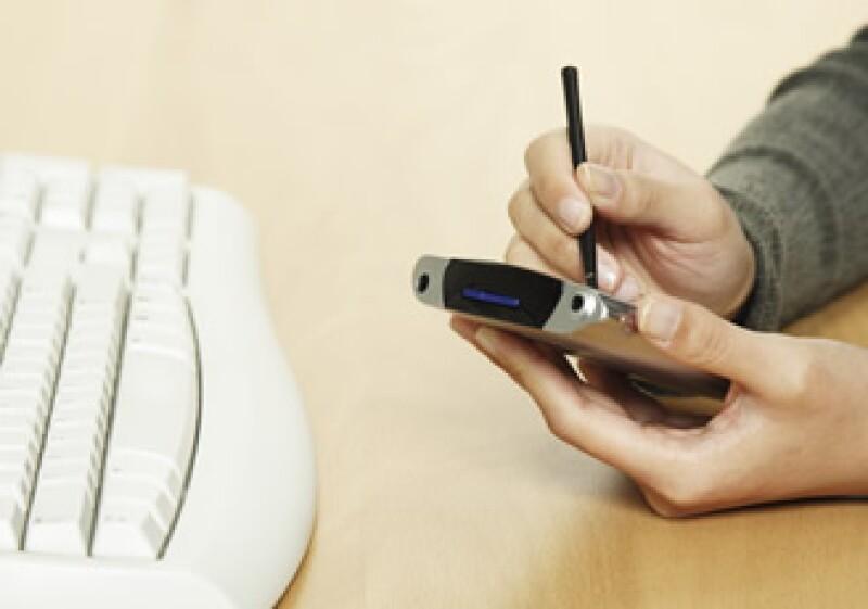 La tecnología avanza y la demanda de datos en dispositivos móviles también. (Foto: Photos to go)