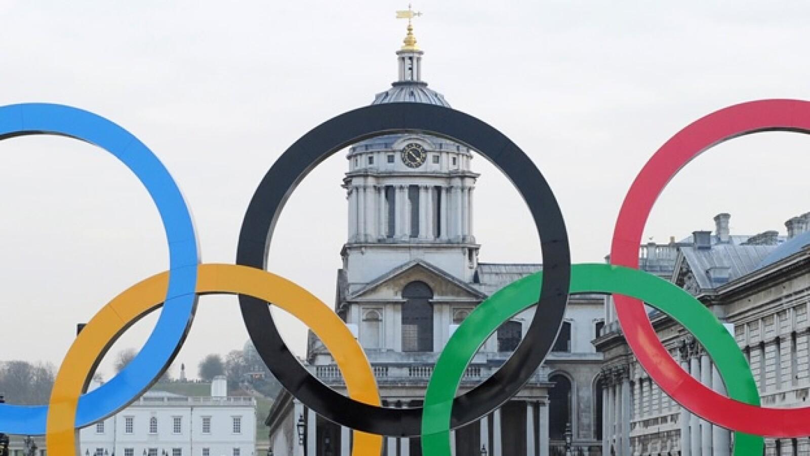 aros olímpicos Londres Támesis