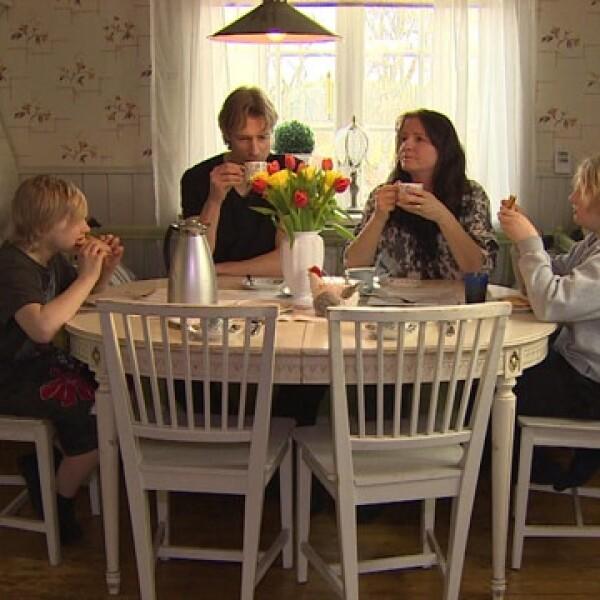 La familia Waernulf son unos de los que estan a favor de la construcción de un depósito nuclear cerca de su pueblo