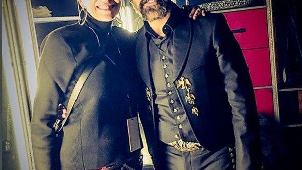 La actriz asistió al concierto de este fin de semana del mexicano en Los Ángeles y no dejó pasar la oportunidad de tomarse una foto con él y expresarle su admiración.
