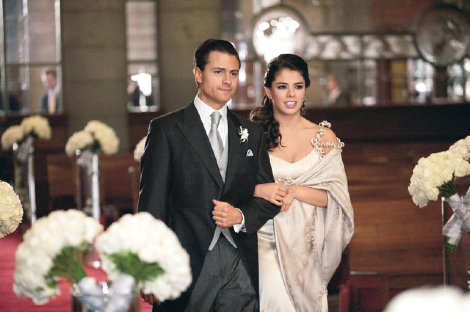 Paulina acompañó al altar a Enrique Peña Nieto cuando éste se casó con Angélica Rivera.