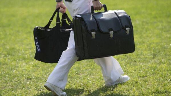 ¿Qué tiene la maleta?