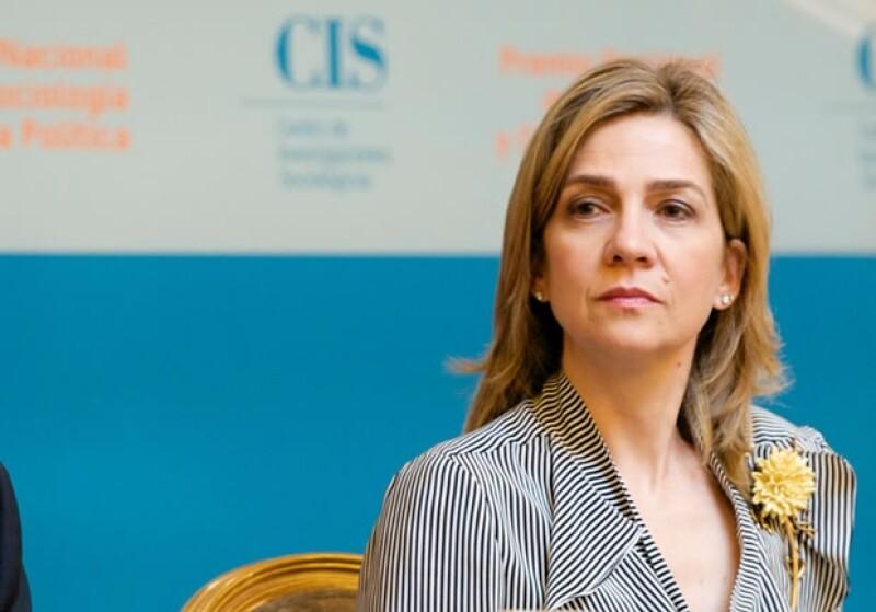 La hija de los reyes Juan Carlos y Sofía de España ha sido citada a declarar por presuntos delitos de fraude fiscal y blanqueo de capitales relacionados con el polémico caso Nóos.