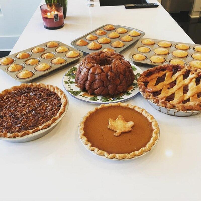 Con deliciosas y tradicionales recetas, así como con sus seres queridos, es como las celebs comparten cómo celebrarán este día.