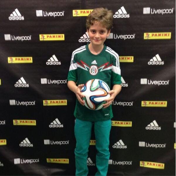 A ganar!!!!, tuiteó Erica Buendil junto a esta imagen de su hijo.
