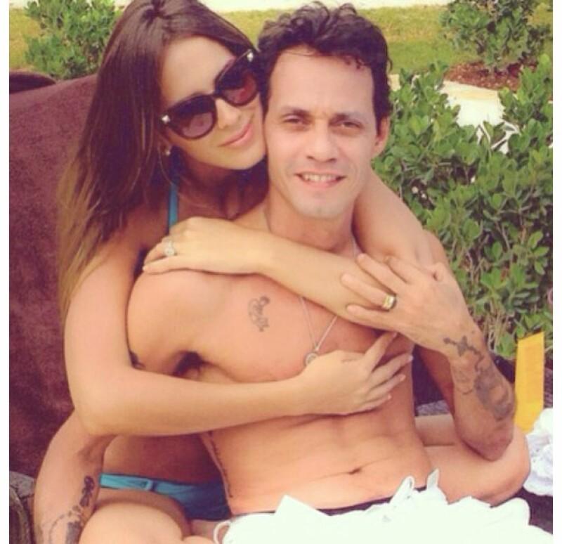 La revista People informó que el cantante de 45 años y la guapa venezolana tuvieron una relación en el pasado.