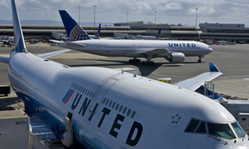 Analistas sienten que United Airlines sigue sufriendo de problemas de integración. (Foto: Getty Images/Archivo )