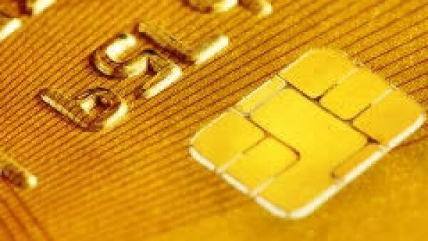La tarjeta de crédito sube su costo. (Foto: Dreamstime)