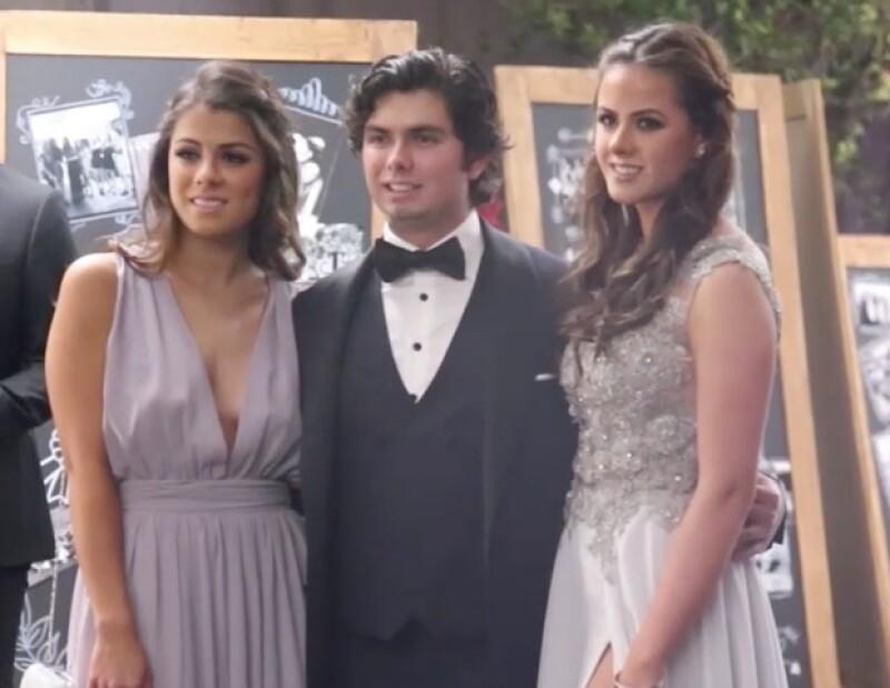 La familia presidencial fueron los invitados de honor en la graduación del colegio Miraflores.