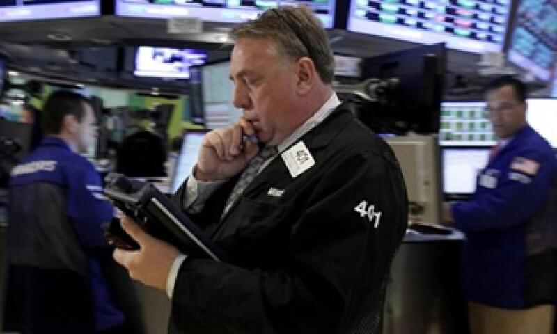 Los comentarios de la Fed afectaron además de Wall Street, al peso mexicano y al crudo de EU. (Foto: Reuters)
