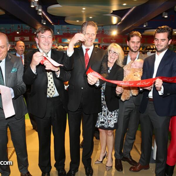 Javier Sordo Madaleno,Johan Whittingdale,Duncan Taylor,Helen Barnieh,Javier,Javier y José Juan Sordo