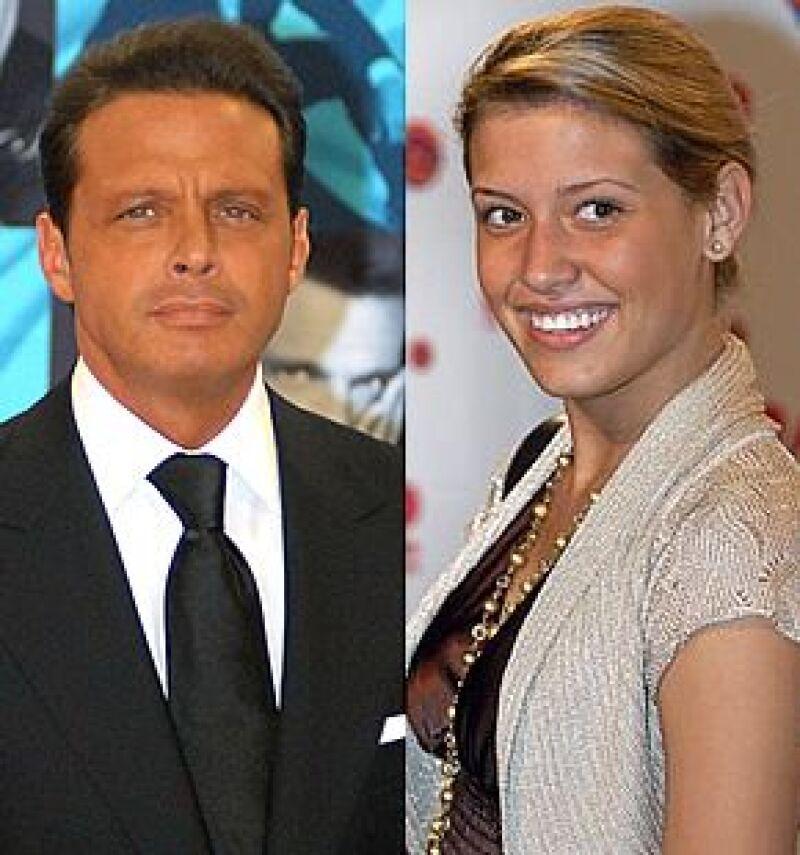 El cantante no quiere que su hija viaje a la ciudad de México por el momento debido a la inseguridad que se vive en el país, así lo aseguró Silvia Pinal.