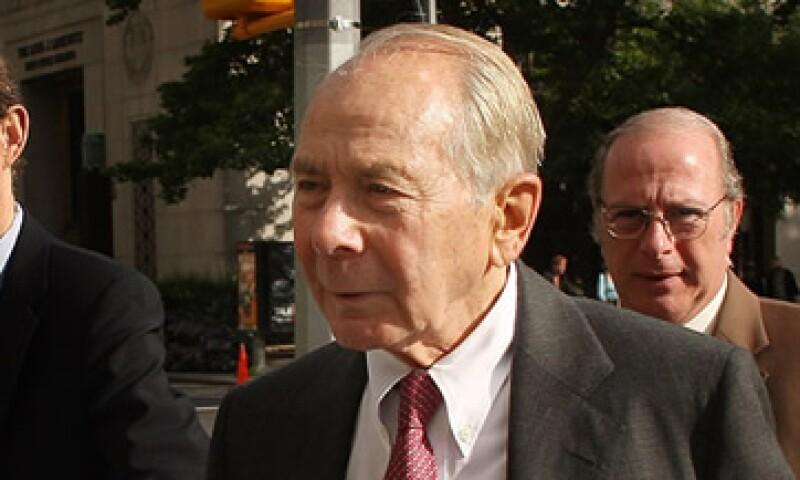 AIG, antes presidida por Greenberg, se implicó en bursatilizaciones hipotecarias durante la crisis de 2008. (Foto: Cortesía CNNMoney)