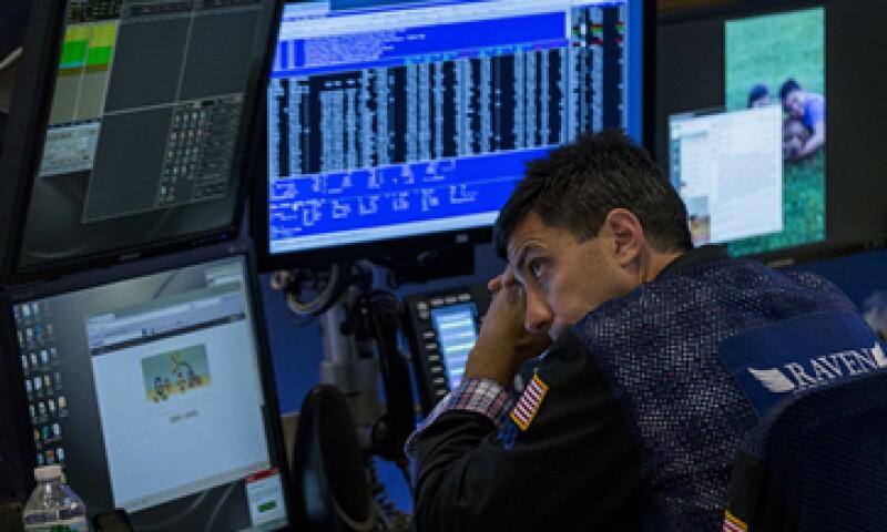 Este lunes fue un día de datos económicos dispares en EU. (Foto: Reuters)