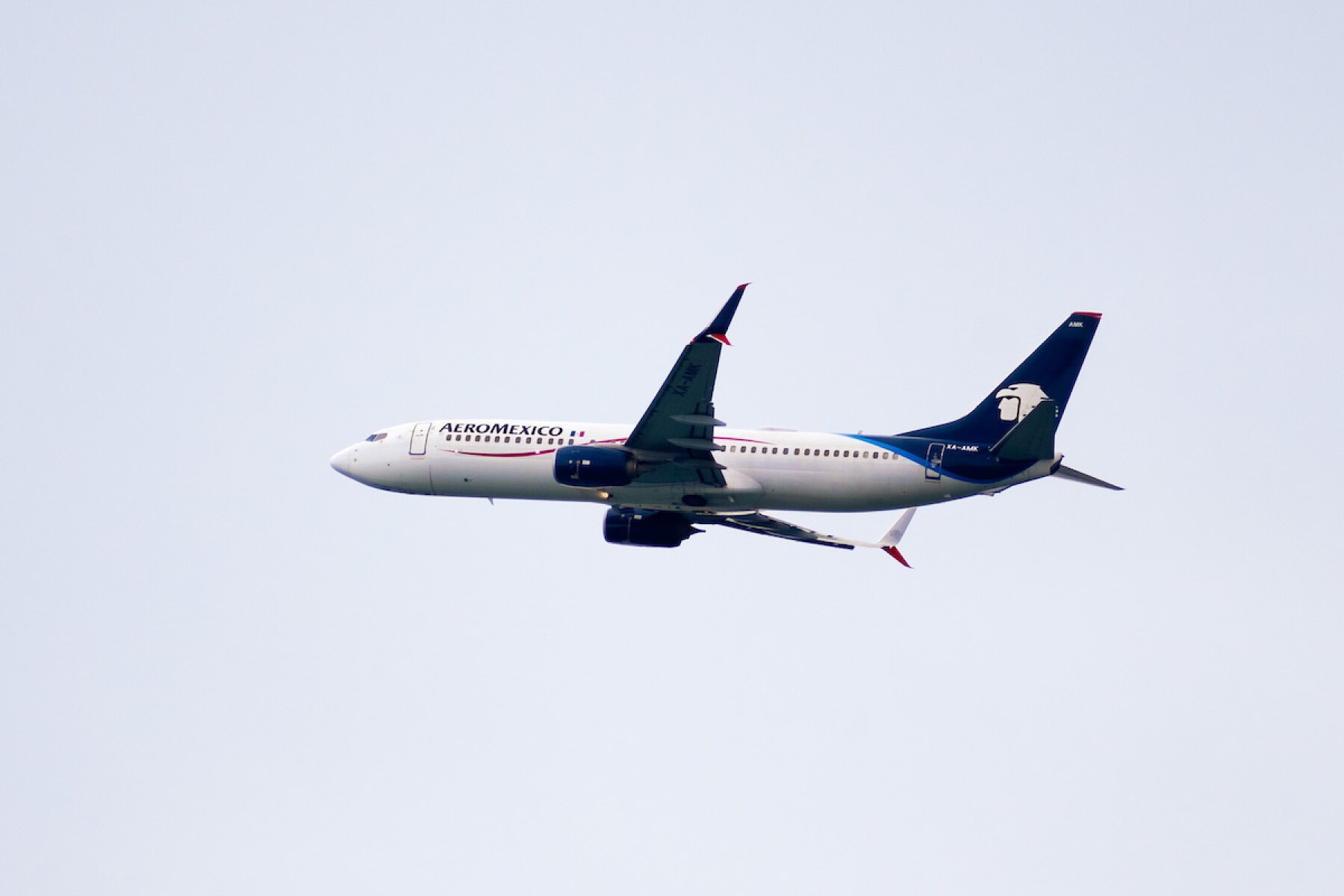 Aeromexico aircraft mid flight