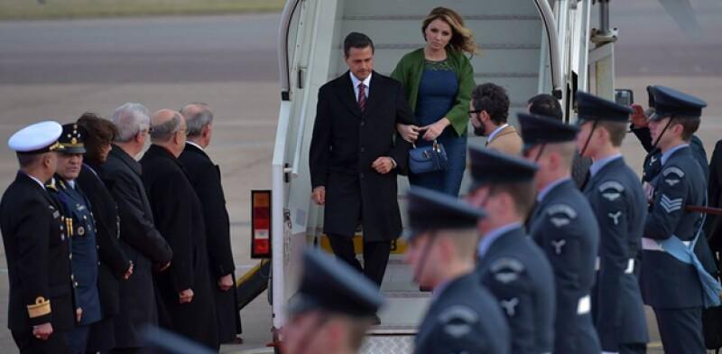 El mandatario mexicano y su esposa se reunirán mañana martes con la reina Isabel II y con su esposo en el Palacio de Buckingham.
