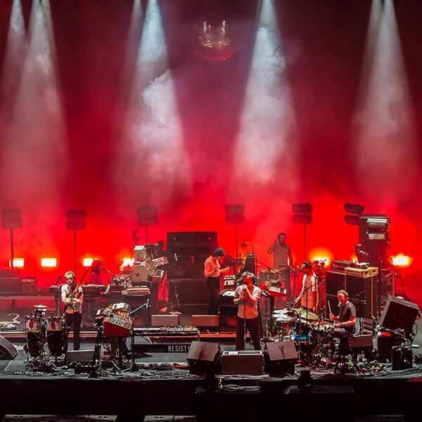 LCD Soundsystem durante su concierto en el Pepsi Center de la Ciudad de México