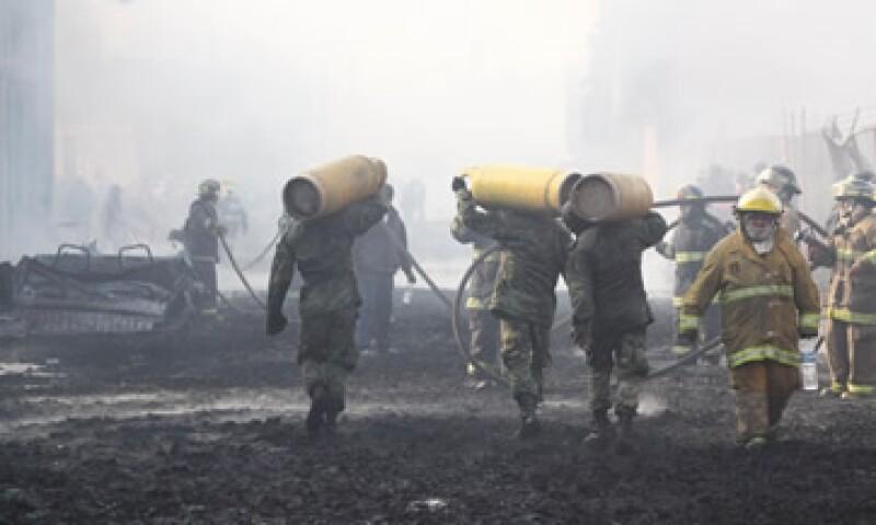 El accidente ocurrió en San Martín Texmelucan, Puebla, derivado del intento de robo de combustible en un oleoducto. (Foto: Notimex)