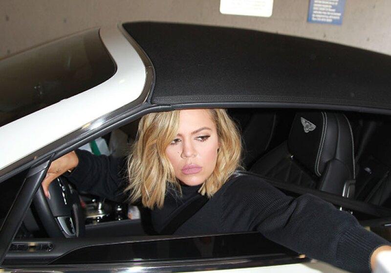 Tal parece que ni Kris ni Caitlyn Jenner fueron las primeras en conocer al bebé de Kim, pues a quien los paparazzi fotografiaron al entrar al hospital fue a la esposa de Lamar Odom.