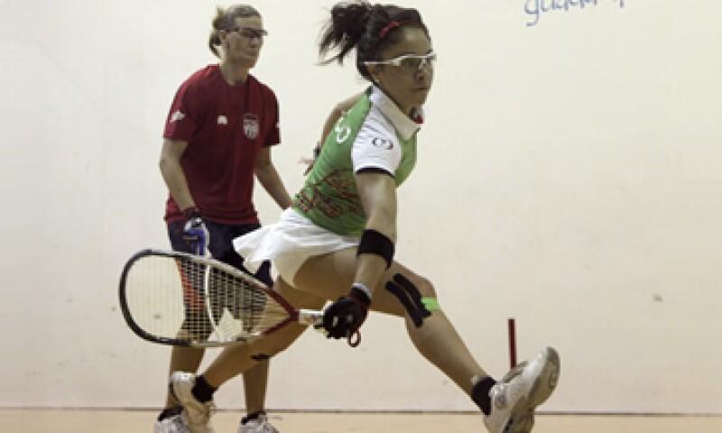 La mexicana Paola Longoria se ha destacado dentro de su categoría de racquetbol en los Juegos Panamericanos 2011, gracias a su talento y dedicación. (Foto: AP)