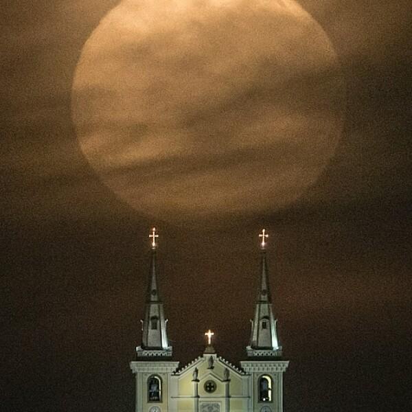 Superluna Brasil Nossa Senhora da Penha