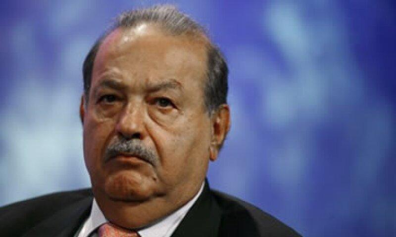 Desde enero se había informado que Carlos Slim y Larry King negociaban iniciar un emprendimiento en medios. (Foto: Reuters)